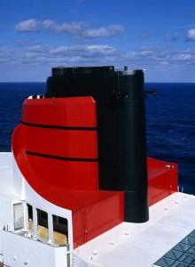 Die QM2 wird derzeit in der Hamburger Werft Blohm+Voss umfassend renoviert und modernisiert.